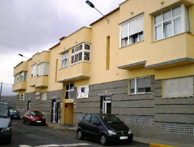 Pisos Caserones Altos
