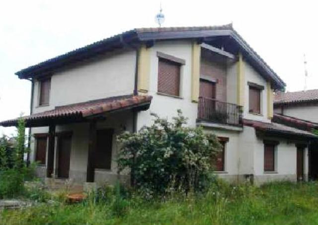 Casa Adossada BERROSTEGIETA Álava, C. Juan Pablo Bengoetxea