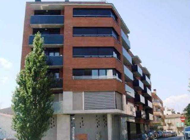 Vivienda MANRESA Barcelona, C. Mossen Serapi Farre