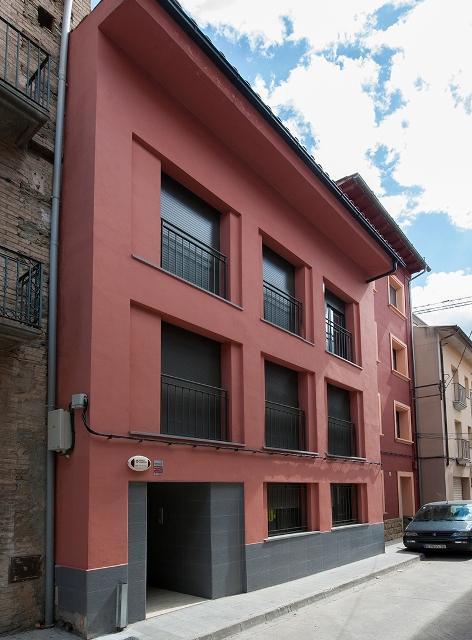 Vivienda RODA DE TER Barcelona, C. Verge Del Sol Del Pont
