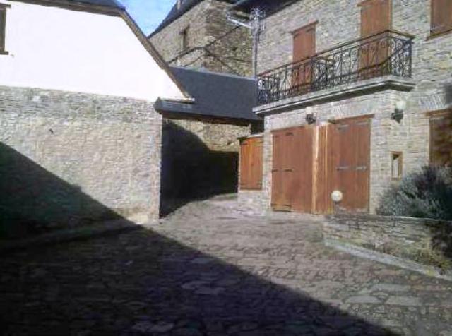 House Lleida, Mont ST. SAN PABLO, 9, MONT