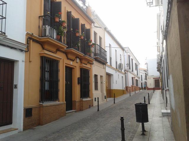 Pis Sevilla, Pilas C. CARMEN TORRES, 6, PILAS