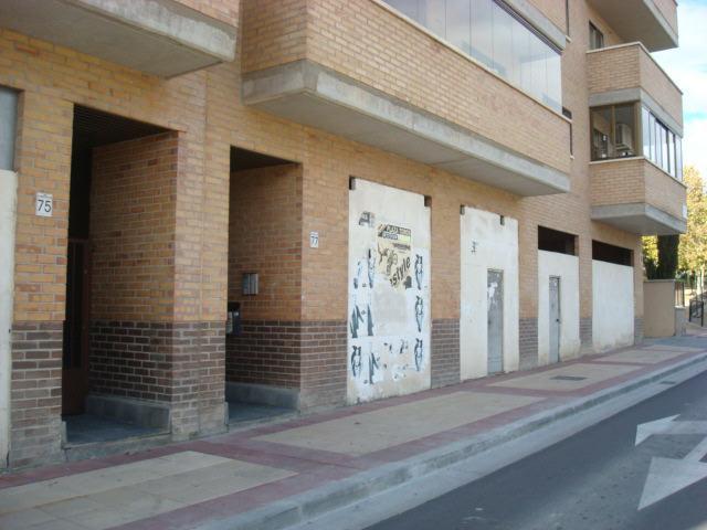 Local Zaragoza, Zaragoza av. academia general militar, 75-77, zaragoza