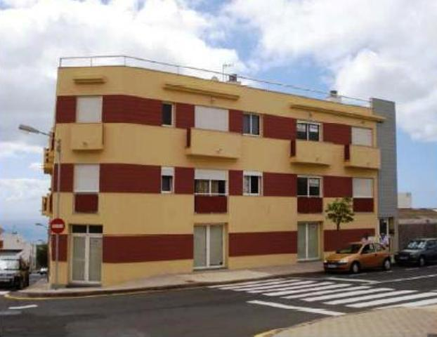 Shops Sta. Cruz Tenerife, Sobradillo El st. berlina, 71, sobradillo, el