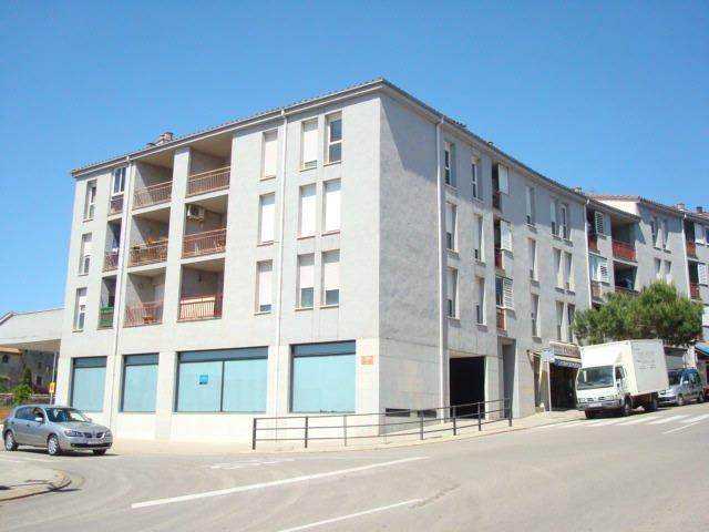 Local Girona, Banyoles rda. monestir, 90, banyoles