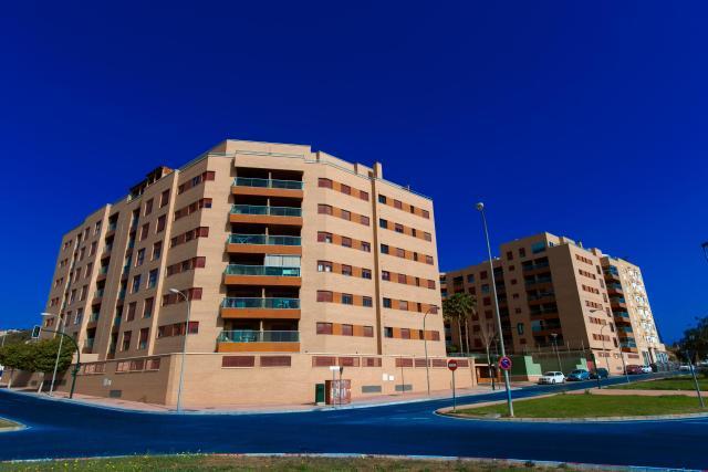 Habitatges Almería, Almeria av. medico francisco pérez company, 17, almeria