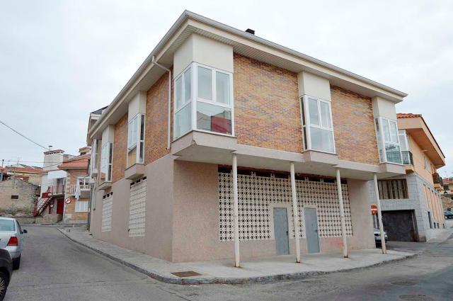 Locals Madrid, Alpedrete c. trillo, 10, alpedrete