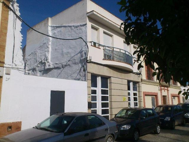 Local Sevilla, Gines c. juan de dios soto, 23, gines