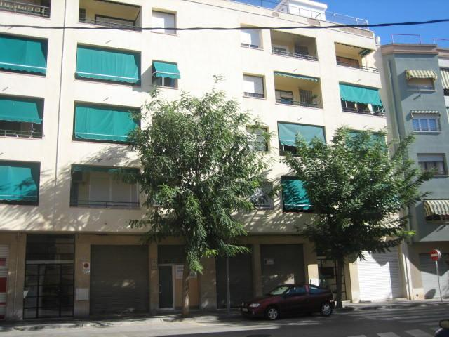 Shop premises Tarragona, Vila Seca st. mas calvo, 6, vila-seca