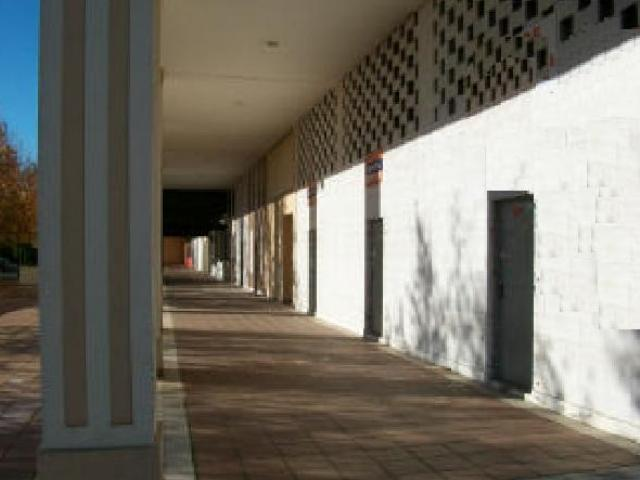 Locales Sevilla, Sevilla c. casuarina, 1, sevilla