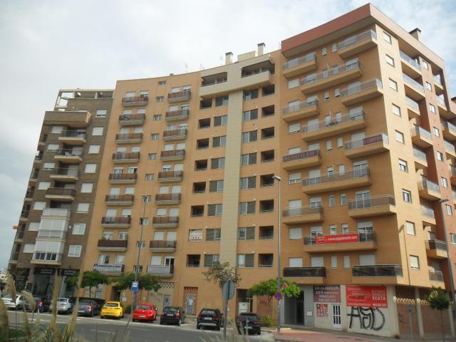 Locals Murcia, Murcia pl. bandera paracaidista ortiz de zarote, 10, murcia