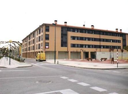 Shops Zaragoza, Ejea De Los Caballeros st. cinco villas, 20, ejea de los caballeros