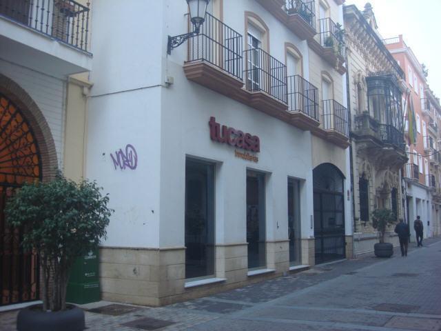 Local Huelva, Huelva c. rico, 28, huelva