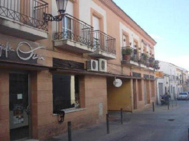 Locals Huelva, Lepe c. santo domingo, 51, lepe