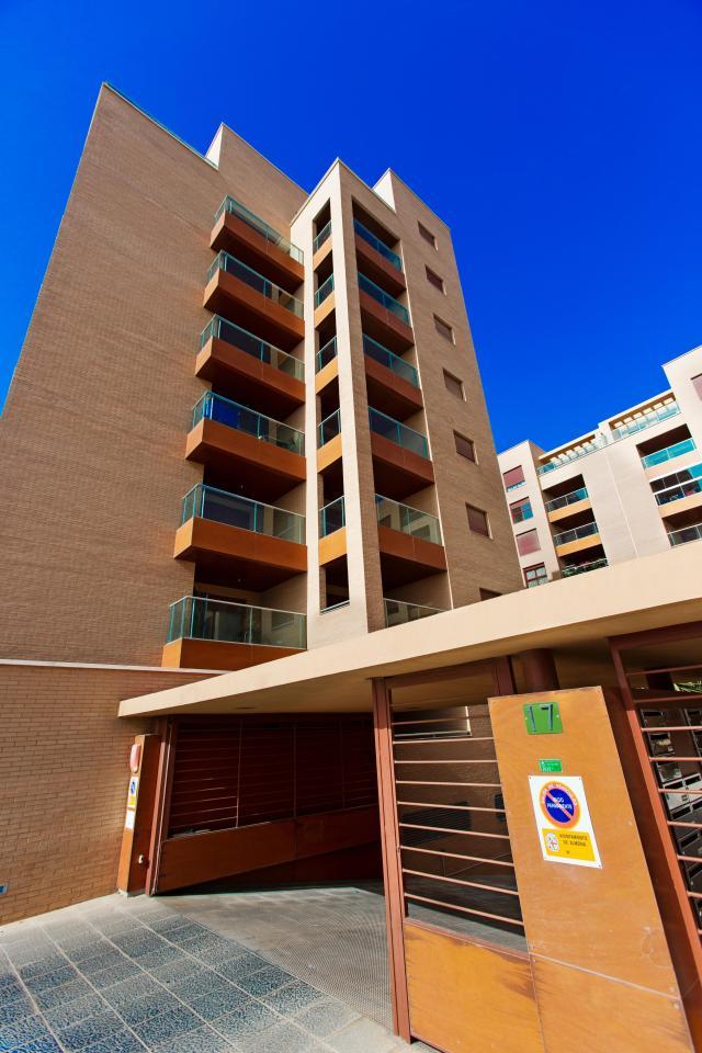 Homes Almería, Almeria avenue ave medico francisco pérez company, 17, almeria