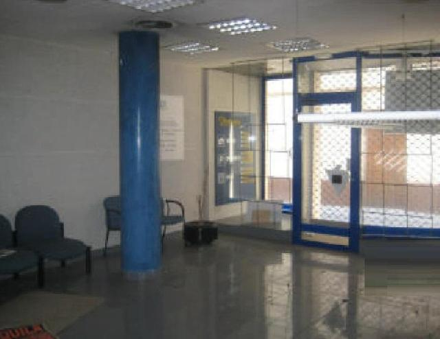 Shop premises Girona, Olot st. sant pere martir, 20, olot