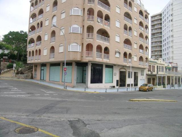 Local Valencia, Cullera c. manuel garcés, 1, cullera