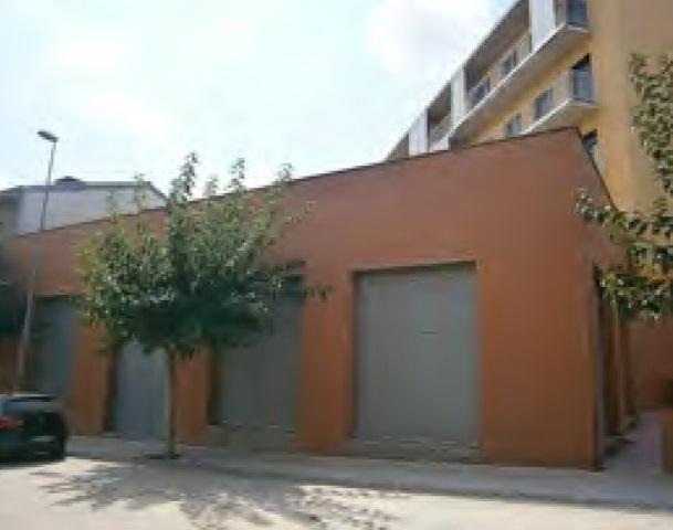 Shops Lleida, Tarrega st. via lacetania, 5-11, tarrega