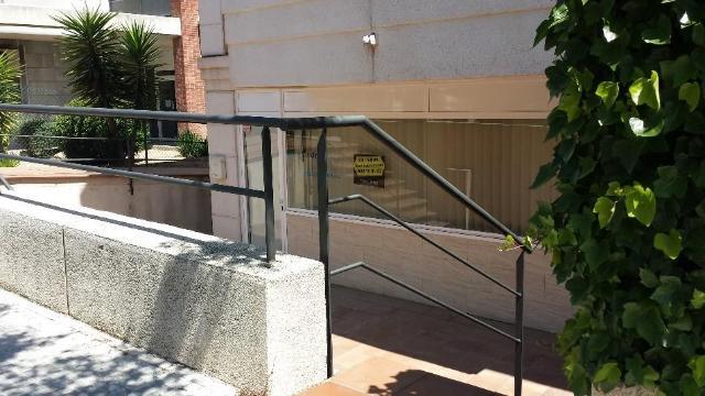 Local Barcelona, Sant Esteve Sesrovires c. lluis companys, 6, sant esteve sesrovires