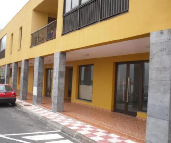 Locals Sta. Cruz Tenerife, Frontera c. rafael zamora, sn, frontera