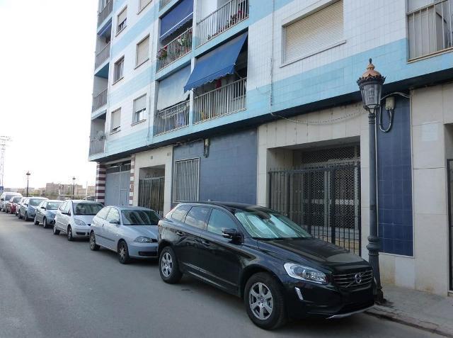Locals Valencia, Tavernes Blanques c. 1 de maig, 30, tavernes blanques
