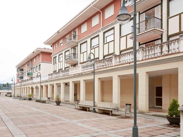 Shops Bizkaia, Berriz st. margarita maturana, 8, berriz