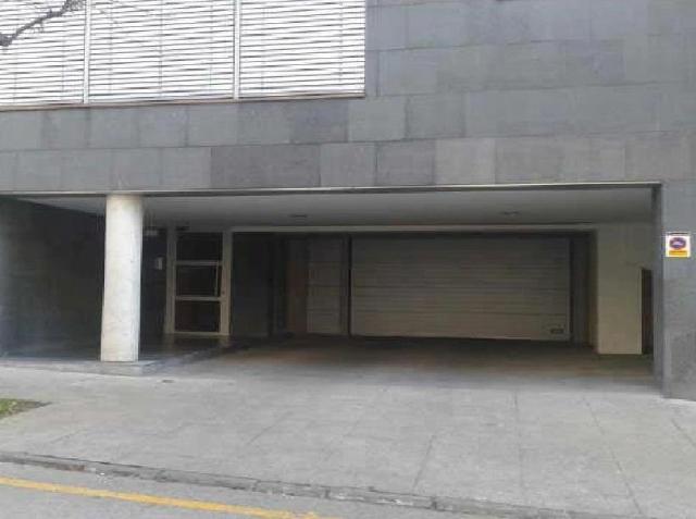 Locals Girona, Olot av. girona, 7, olot