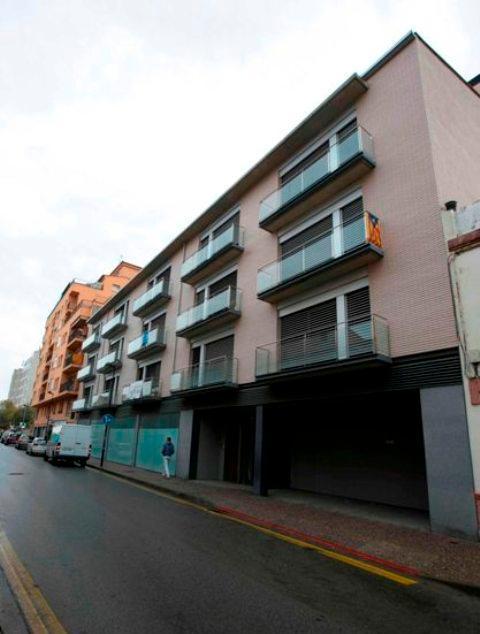 Shops Girona, Girona st. marques de caldes de montbui, 3-9, girona