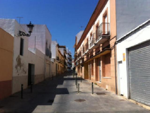 Shops Huelva, Lepe st. santo domingo, 51, lepe