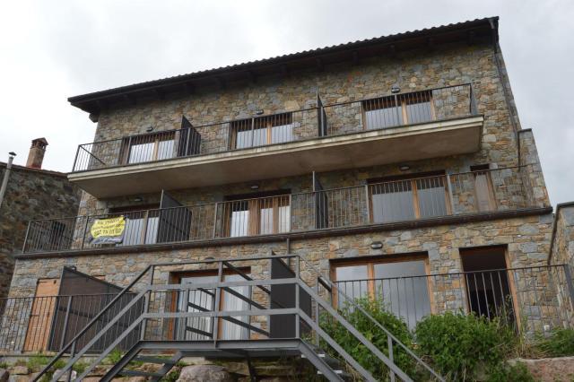 Viviendas Girona, Mollo c. de la guardiola, 20, mollo