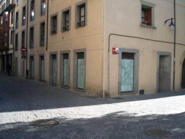 Shop premises Huesca, Jaca square marques de la cadena, 1, jaca