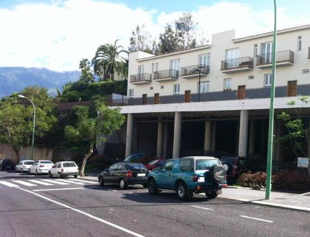 Shop premises Sta. Cruz Tenerife, Puerto De La Cruz st. archipielago canario, 29, puerto de la cruz