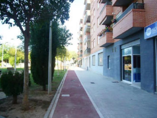 Local Valencia, Paiporta c. albufera, 2-4, paiporta