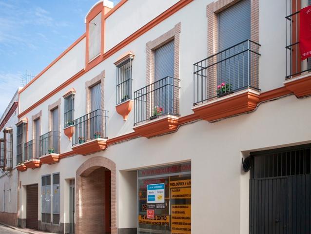Locals Sevilla, Lora Del Rio c. pablo iglesias, 14, lora del rio