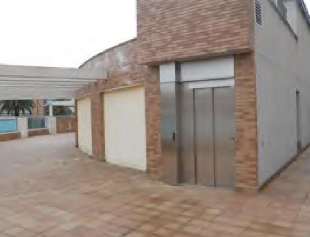 Shops Badajoz, Badajoz st. antonio martinez virel, 2, badajoz