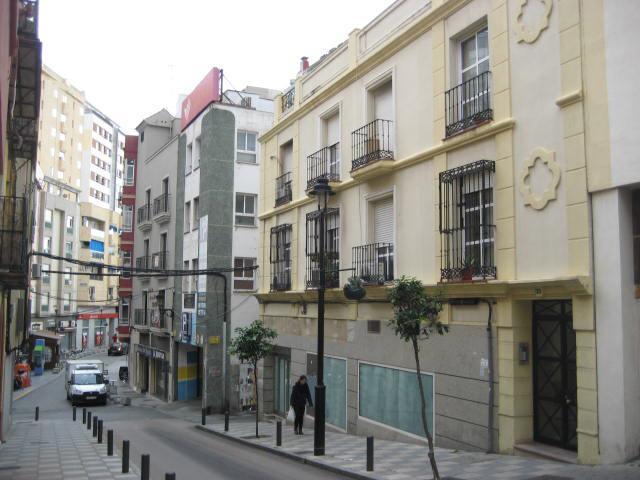 Shop premises Cádiz, Algeciras st. canovas del castillo, 10, algeciras