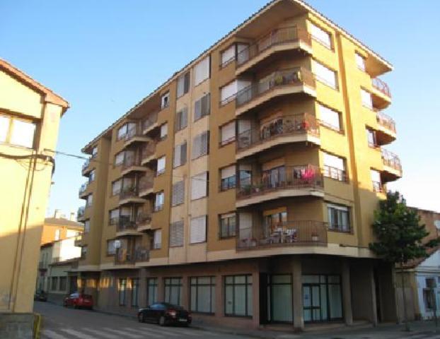 Shop premises Girona, Olot avenue ave girona, 47, olot
