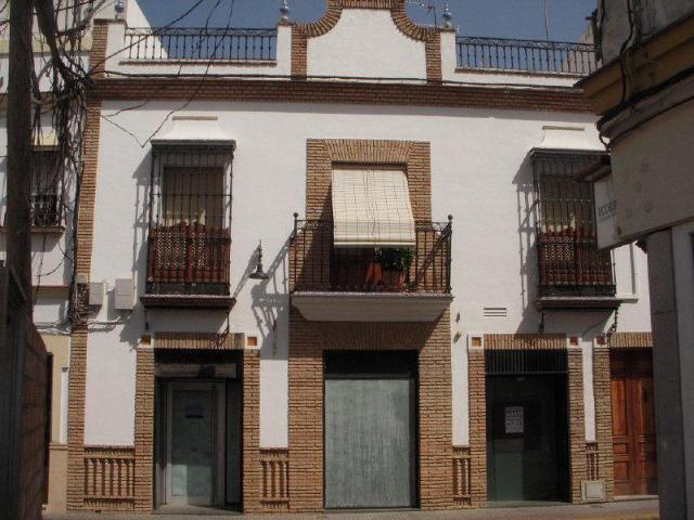 Local Sevilla, Lora Del Rio c. jose montoto gonzalez hoyuela, 11, lora del rio