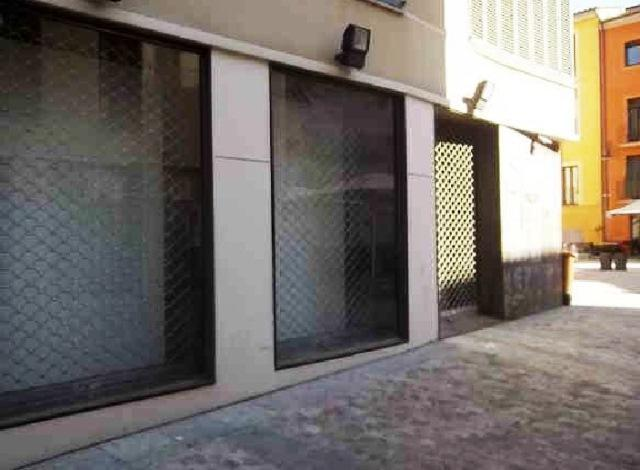 Local Girona, Girona c. pou rodo, 7-9, girona