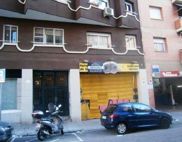 Local Barcelona, Bcn Sant Marti c. gabriel y galan, 26-28, bcn-sant marti
