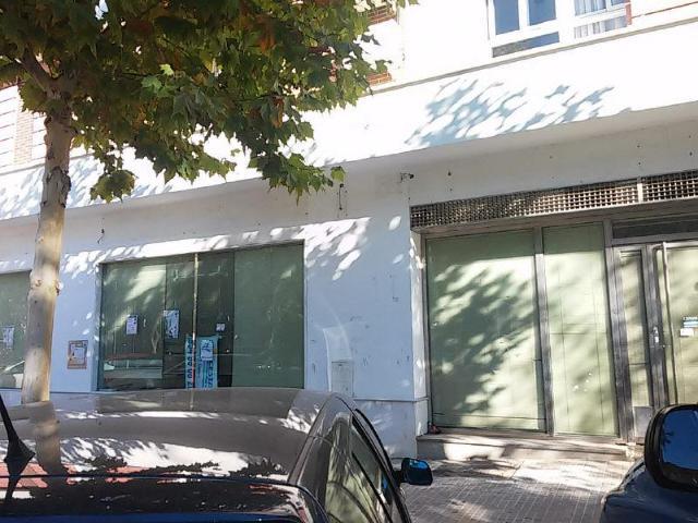 Local Sevilla, Camas avda. clara campoamor, 11-13, camas