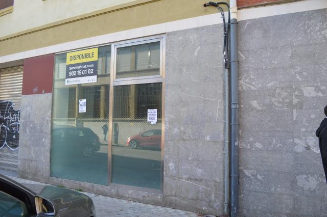 Shops Navarra, Pamplona st. aralar, 4, pamplona