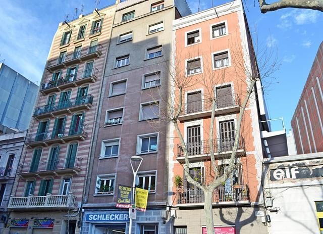 flat-for-sale-in-corcega-sant-martí-in-barcelona