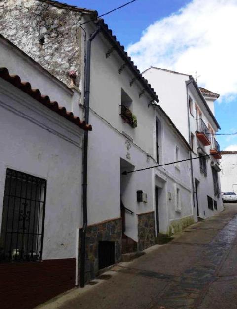 Entremedianeras BENARRABA M�laga, c. calzada