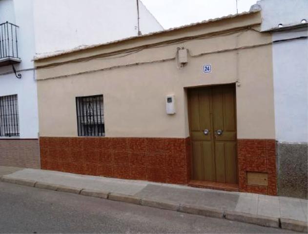 Casa Adosada LUISIANA, LA Sevilla, c. miguel hern�ndez