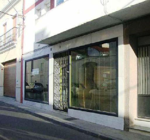 Local MONTIJO Badajoz, c. lopez de ayala