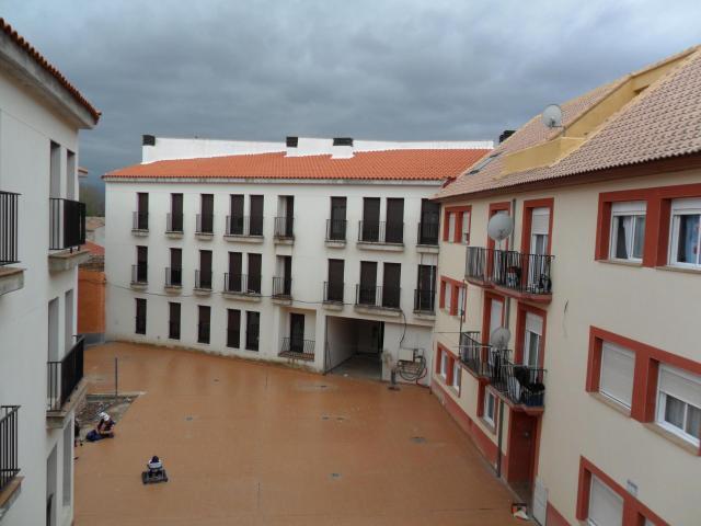 Pis RICLA Zaragoza, c. trinquete