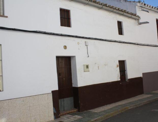 Entremedianeras ALCOLEA DEL RIO Sevilla, c. antonio pereira